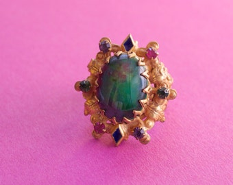 WEISS Green Glass Stone Oval Ring 1940s Vintage