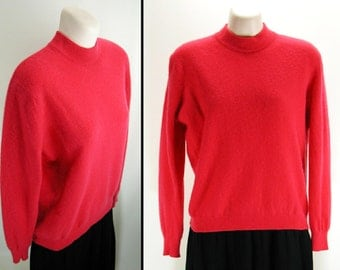 Vtg soft bombshell Pink Cashmere Pinup Sweater *Pringle*  B42