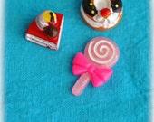 Kawaii pink strawberry shortcake cabochons 3 pcs