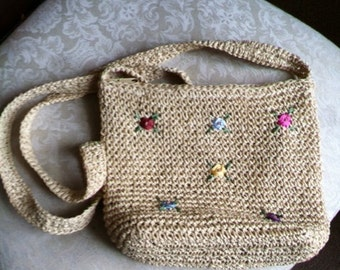 Straw Purse With Roses
