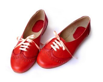 Acordonados Rouge - Oxford shoes - Leather ballet flats - Woman flat shoes in red leather - Handmade by Quiero June - Free Shipping
