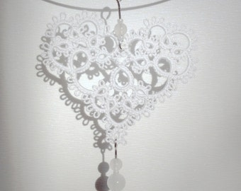 """White heart tatted lace pendant necklace, with beads - """"Sweetheart"""" collection"""