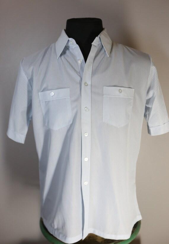 1970's Sea Aire Light Blue Polyester Short Sleeve Mens Shirt