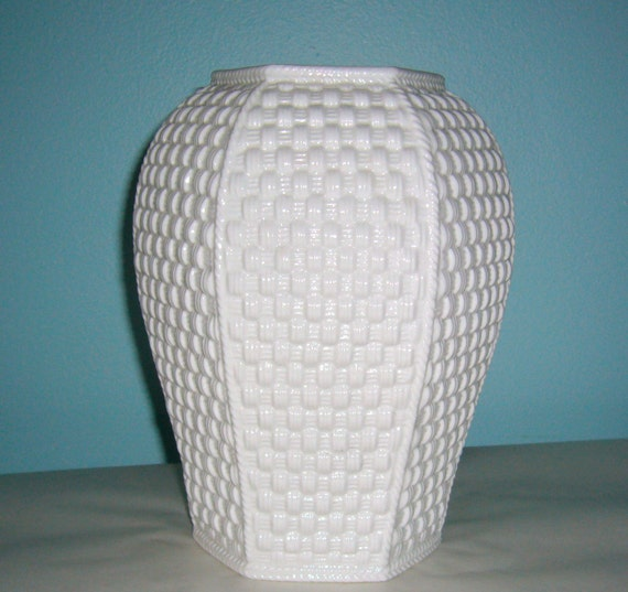 Tiffany Amp Co Vase By Sybil Connolly White Weave Parian Bone
