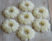 Resin wreth Cabochons in ivory colour 29mm  4 pieces