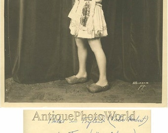 Actress dancer V Wheeler in great costume 1930s photo