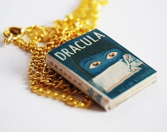 Dracula's mini book necklace