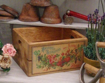 French Flower Crate 1:12 Scale Miniature Dollhouse Accessory