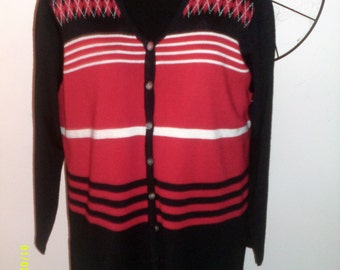 Womans Vintage Lightweight V-Neck Cardigan Sweater, size Med (8 to 12), by Karen Scott, Summer Cardigans 12, Womens Cardigans, Red Cardigan