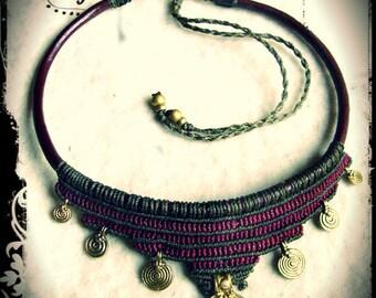 Brass Spiral Tribal Necklace  Macrame Dark Red Olivegreen, Choker Collier Collar Hippie Gypsy Goa Makramee