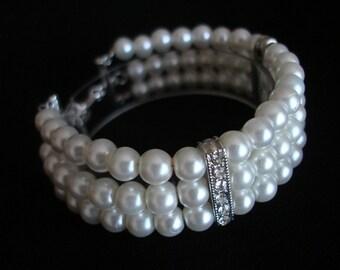 White Triple-Strand Pearl Bracelet