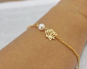 Bridesmaid Lotus Bracelet - Bridesmaid Jewelry,Tiny Flower,Wedding Jewelry.Lotus Flower Bracelet .Sisters Jewelry.Etsy .Flower Girl Gift