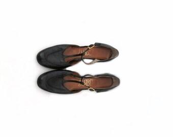 90's black leather t-strap heels. pumps. mary jane. sz. 6.5