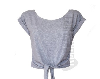 Short t-shirt with knot and sleeve tabs