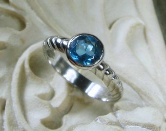 Blue Topaz Ring, Solitaire, Gemstone, Sterling Silver, Size 6