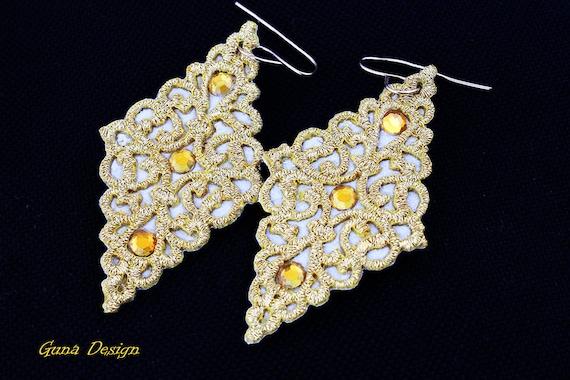 Chandelier Lace Dangle Earrings in Vintage Design  by GunaDesign