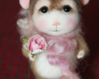 MADE TO ORDER~Needle Felted Mouse Alea - Collectible soft sculpture