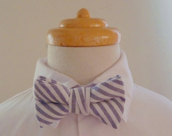 Navy striped cotton baby bowtie / boys bowtie / children's bowtie