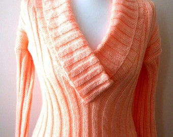 Hand Knitted Sweater Jumper Women Sweater Peach Knit