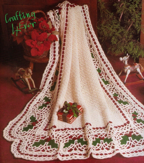 Vintage Christmas Holly Design Lacy Afghan Rug