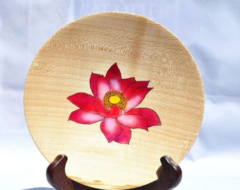 Maple Dish - Pyrography - air brushed - Wooden - Handmade
