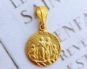 Medal - Saintes Maries 18K Gold Vermeil Medal - 15mm