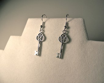 Key Earrings-skeleton key earrings-Key charm earrings-key jewelry-Antique SILVER or BRONZE-skeleton key jewelry-skeleton-Steampunk earrings