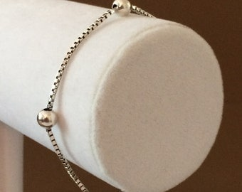 """Sterling Silver Box Chain And Ball Bracelet 7 1/4"""""""