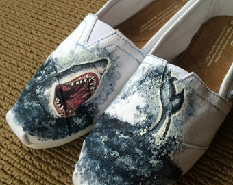 Great White Shark TOMS