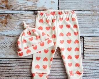 organic baby leggings, baby pants, baby leggins, hearts, arrow leggings, organic leggings, organic baby, arrows, heart leggings, baby gift