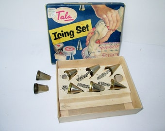 Popular items for icing set on Etsy