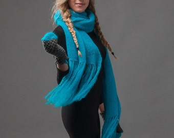Extra long scarf in neon blue, teal