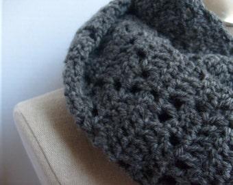 crochet loop scarf infinity mobius darkgrey - scarf crochet darkgrey loop mobius - scarf infinity crochet darkgrey