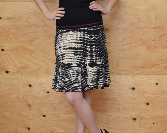 Vintage 80's Skirt Cream & Black Tie-Dye SZ Medium