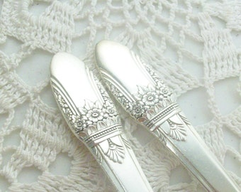 2 Silver First Love Vegetable Spoons 1937 Rogers Bros 1847 /