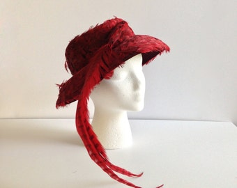 Vintage Red Feather Picture Hat - Famous-Barr Co. by Doris Designed