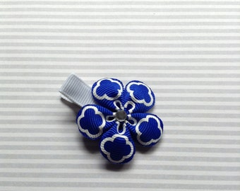 1.5 inch Royal Blue Flower Clip. Toddler Royal Blue Flower Clip. Infant Hair Bow. Baby hair accessories. Girl Ribbon Flower Clip