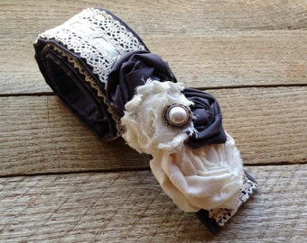 DSLR Grey Cream Vintage Lace Camera Strap Cover With Two Lens Pockets - SLR / DSLR Camera Strap Cover-Christmas Gift-Photographer Gift