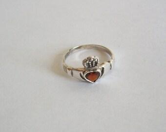 Vintage Silver Claddagh Wedding Ring with Garnet size 7