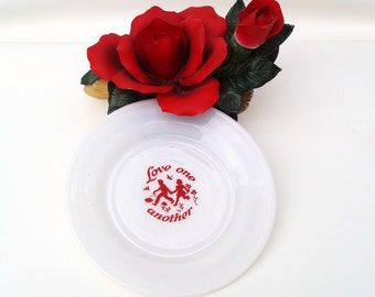 Vintage Decorative Plate, Valentine Plate, Milk Glass Collectible Plate, Sweethearts