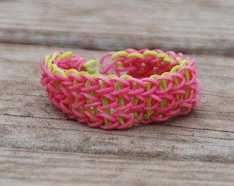 Thick, pink and green tripple chain syle, rubberband bracelet