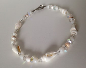 Seashell Anklet in White