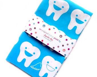 Fat Quarters, Fat Quarter Fabric - Happy Tooth Fairies Fabric FAT QUARTER - Quilting weight fabric, quilting fabric, tooth fairy