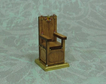 Dollhouse Miniature Medieval Throne Figurine with Gold Crystal