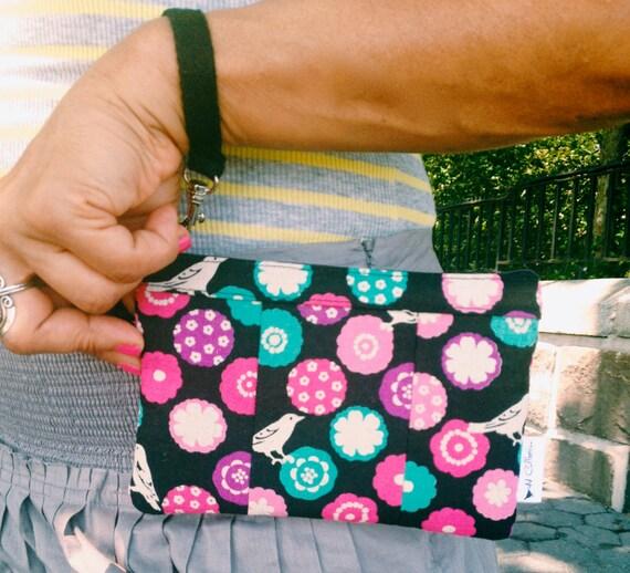 Clutch Wristlet, Black Bonbon Wristlet Wallet, Zipper Pouch, Cellphone Wallet, iPhone Wristlet
