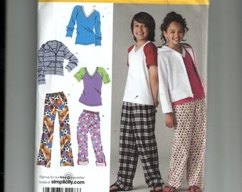 Simplicity Child's Pants, Sweatshirt and Knit Tops Pattern 2772