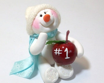 Snowman ornament with an apple: Great for teachers