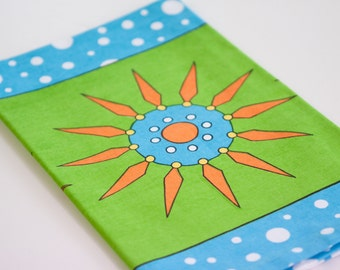 Stylish Tea Towel Green Flowerpop