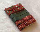 CHrISTMaS  RED / GREEN / WHITE  Set of 6 non-slip Fully Lined alligator clip / clippies barrettes  ***Buy 3 sets get 1 free
