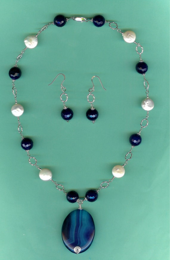 Blue Agate & Freshwater Coin Pearls Sterling Silver Twisted Link Drop Set
